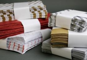Boríték jellegű papírtasakok/ékszertasakok