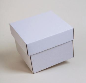 Fedeles doboz 1.   11x10,5x3 cm